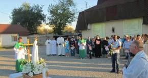 Peregrynacja Figury Matki Bożej Fatimskiej na wschodzie Ukrainy. Modlitwa o pokój.