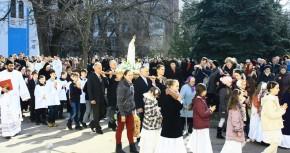 В Києво-житомирськой диецезии началось паломничество фигурки Матери Божьей Фатимской.