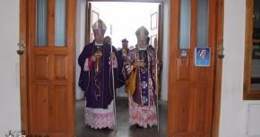 """Визит  в  Украину Апостольского Нунция  Клаудио Гуджеротти и открытие """"Дверей Милосердия"""" в Довбыше."""