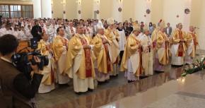 Довбиш. Консекрація Санктуарію Матері Божої Фатімської